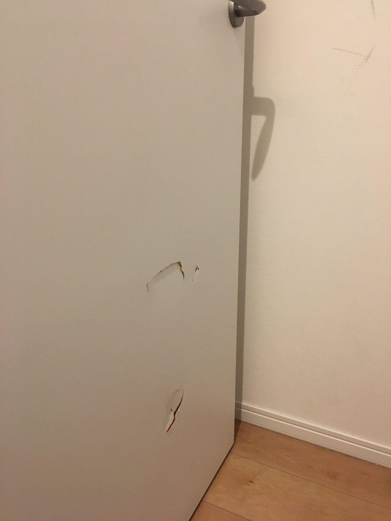 ドアの穴補修/リペア前