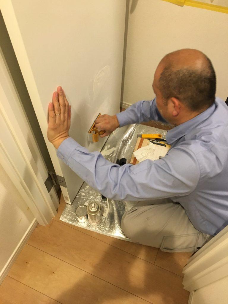 ドアの穴補修/リペア中4