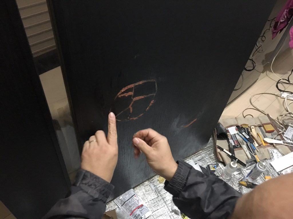扉の穴補修/リペア中4