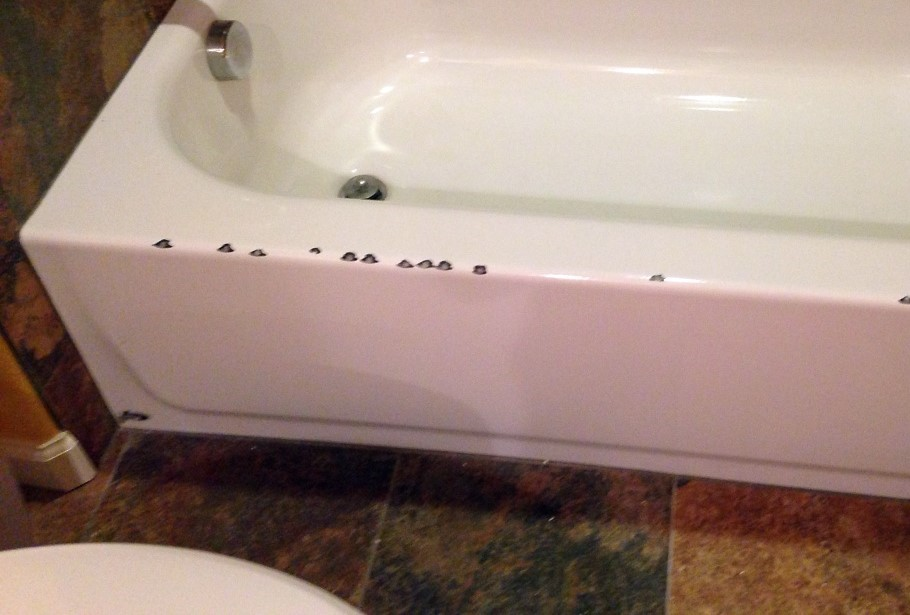 https://coloradotubrepair.com/bathtub-repair-chips-scratches/